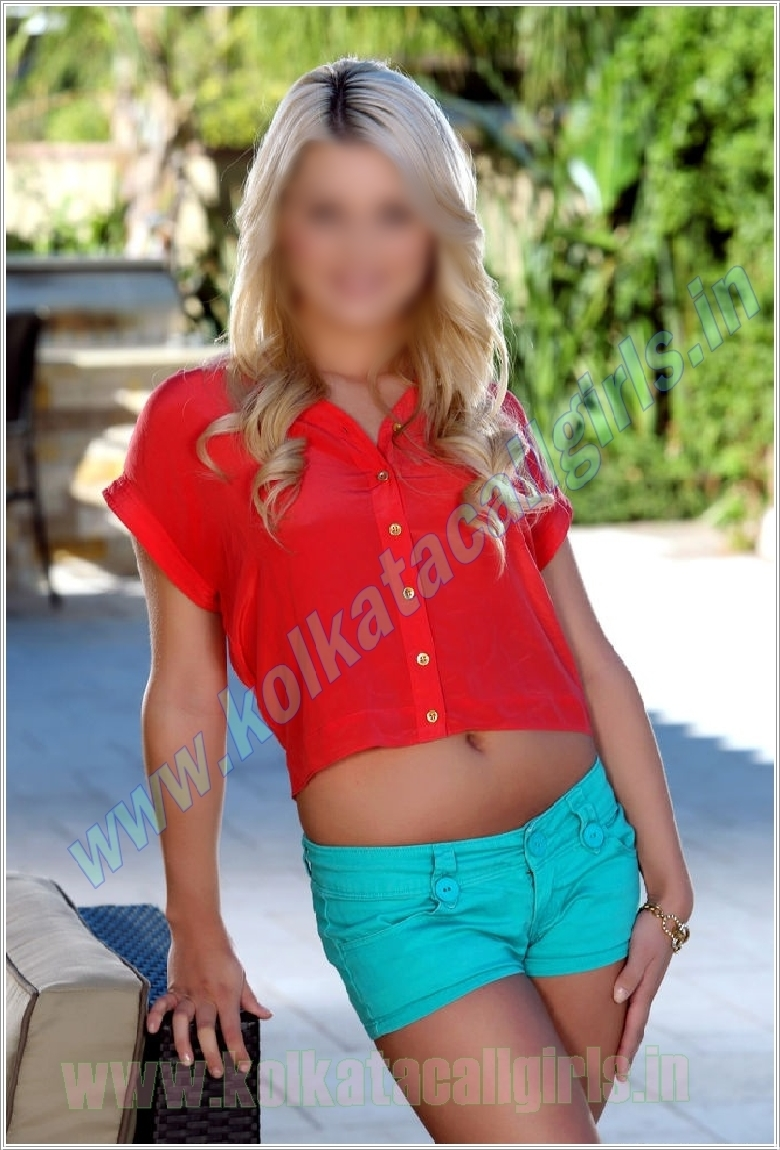 Cherry (26) Kolkata Escort
